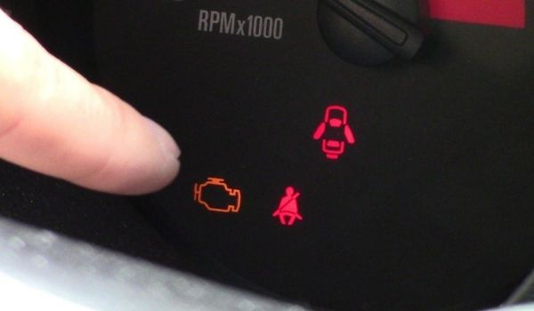 how to read obd2 codes without scanner gm